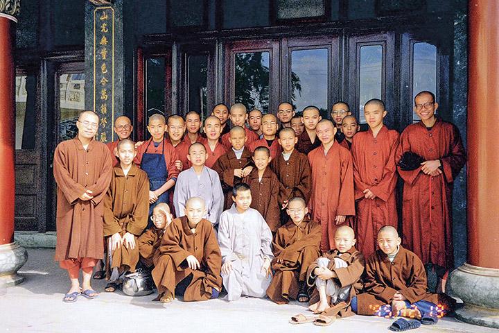 1996 年,在鳳山寺大合照。