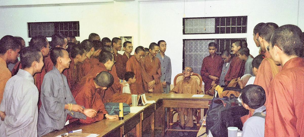 2001年,日常老和尚在雲林大悲精舍。