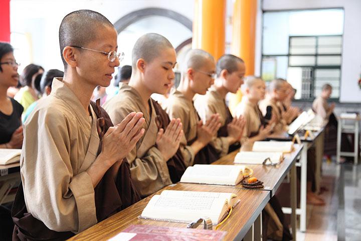 僧團誦經超薦法會