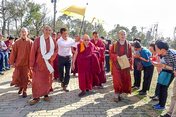尊貴的哲蚌寺住持——洛桑丹巴大格西蒞臨福智團體